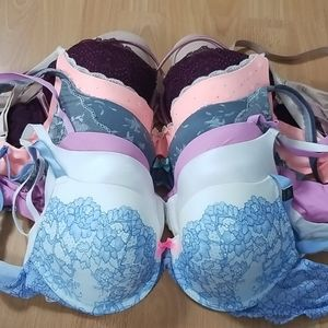 Victoria secret bundle bra